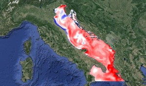 Anomaliedi temperatura delle acque superficiali dell' Adriatico. Colori di tonalità rossa indicano temperature superiori alla media. Fonte: http://oceanlab.cmcc.it/