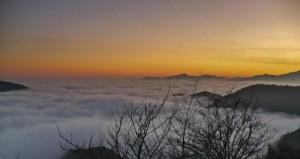 Nebbia  e nuvole basse tipiche dell' inversione termica. Fonte: meteotriveneto.it